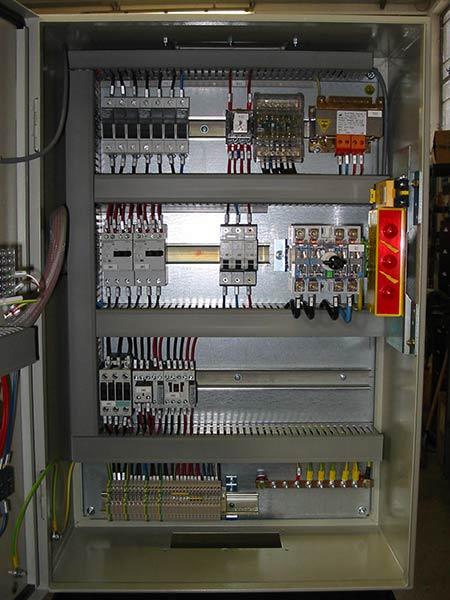 Automatismi-industriali-macchine-imbottigliamento-reggio-emilia