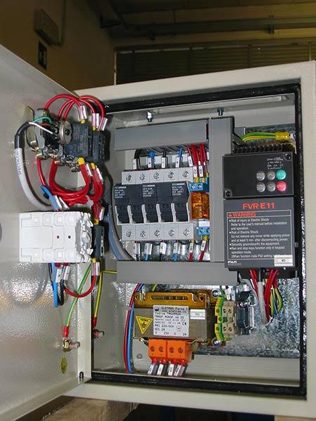 Cablatori-per-installazione-quadri-elettrici-industriali