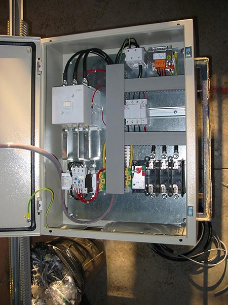 Distributore-articoli-materiale-elettrico-reggio-emilia