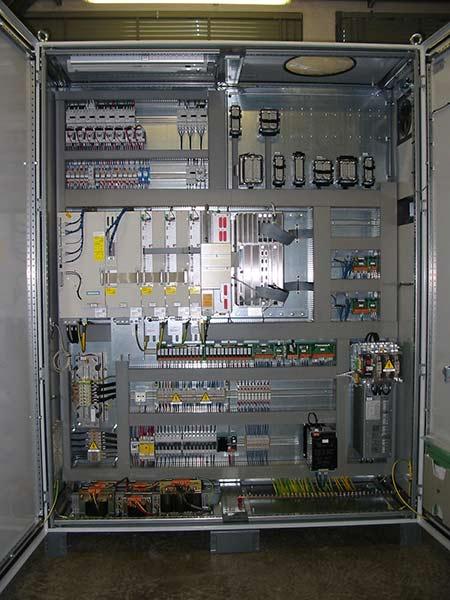Installazione-plc-di-comando-reggio-emilia